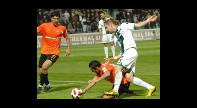 Adanaspor Kaybetti Eriş Bıraktı