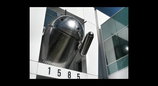 Yeni Android Neden Krom Gibi Parlıyor?
