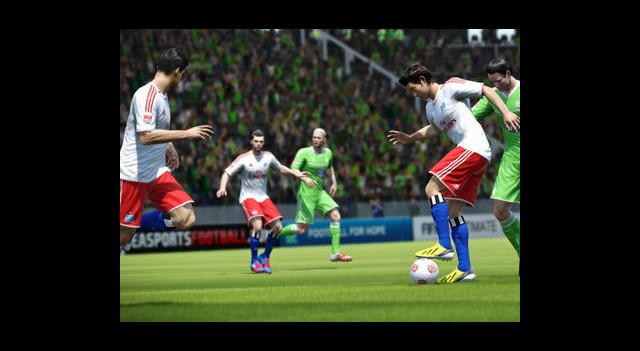 FIFA 14'ü PS4 ve X720'de Görecek miyiz?