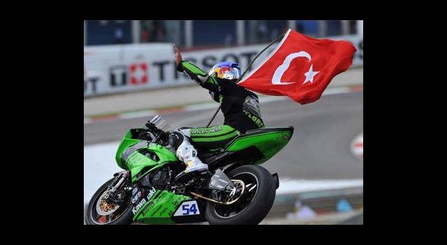 Sezonun İlk yarışı Kenan Sofuoğlu'nun