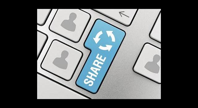 FBI Facebook'u Dinlemek İçin Düğmeye Bastı