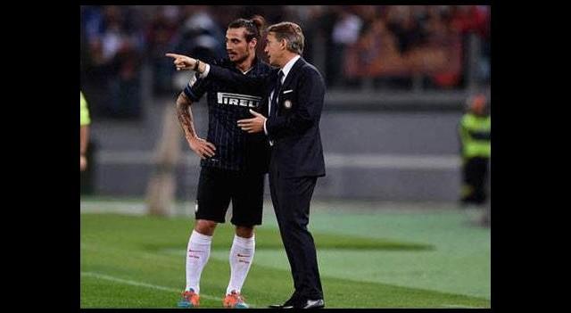 Mancini'ye saldırı!