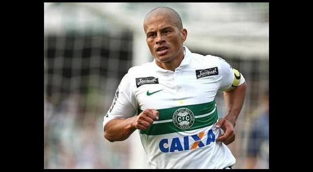 Alex De Souza'dan şok karar!