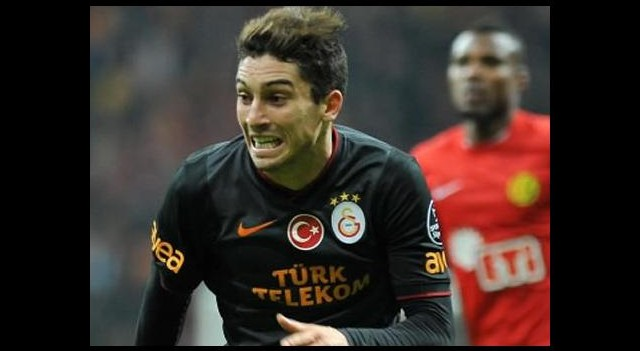Real Madrid'den Alex Telles'e servet!