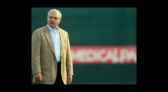 Antalyaspor Özdilek'i Bırakmayacak
