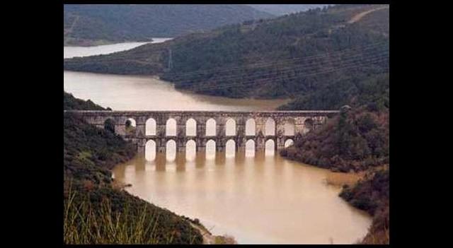 Baraj kapakları açıldı!