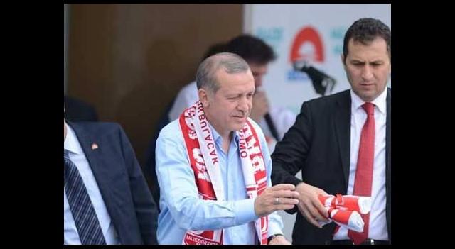 Başbakan Erdoğan'dan mitinge iki ara