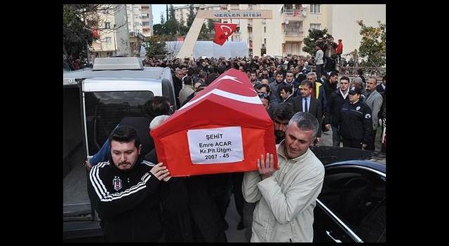 Şehit Pilotun Cenazesi Toprağa Verildi