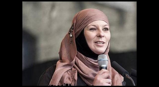 Tony Blair'in baldızı İslam'ı seçti