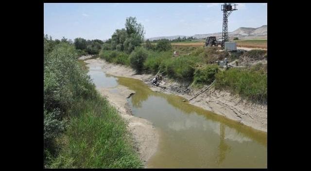 O nehrin tamamı kurudu!