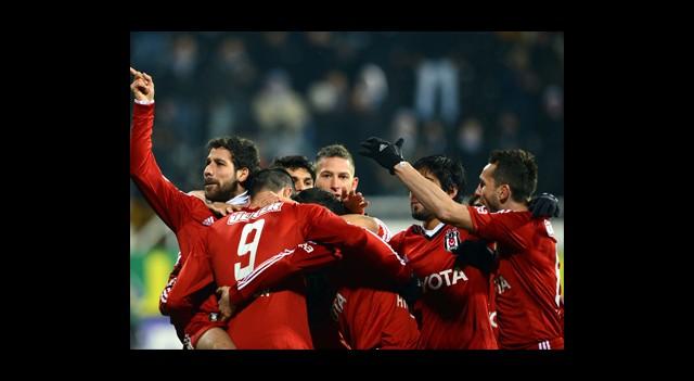 Beşiktaş-Karabükspor Canlı Anlatım