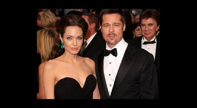 Angelina Yüzüğünü Sevmemiş