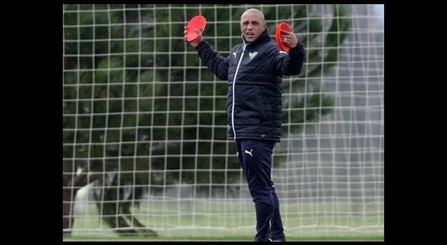 Roberto Carlos takımı uyardı!