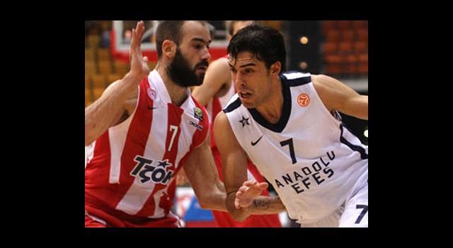 Anadolu Efes Son Şampiyona Takıldı