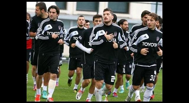 Beşiktaş'ta şok! İdmanı yarıda bıraktılar