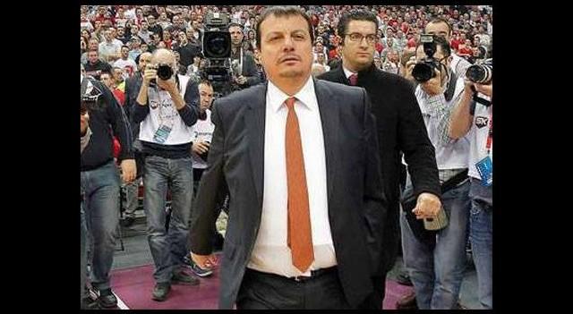 Ergin Ataman, Kızılyıldız maçına 'çelik yelekle' mi çıktı?