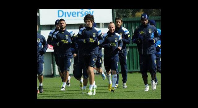 Fenerbahçe Bursaspor'a Hazırlanıyor