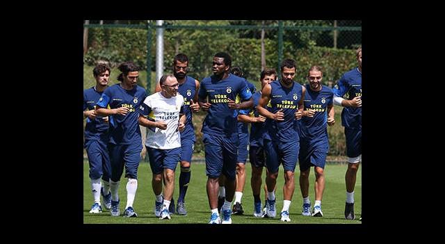 Fenerbahçe Kampa Giriyor