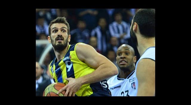 Derbinin Galibi Fenerbahçe Ülker