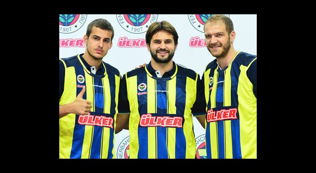 Fenerbahçe'den İmza Şov!