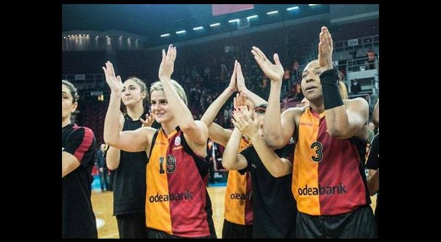 Galatasaray Prag'ı farklı yendi