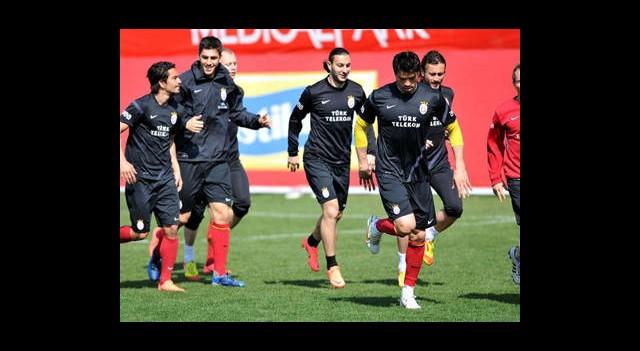 Galatasaray, Dev Derbiye Hazırlanıyor