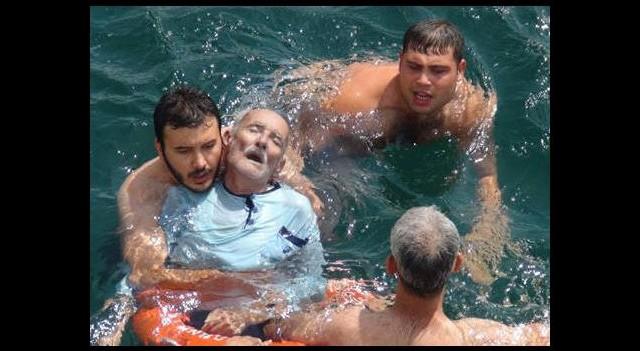 Denize uçan sürücü böyle kurtarıldı