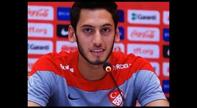 Hakan Çalhanoğlu, tuttuğu takımı açıkladı