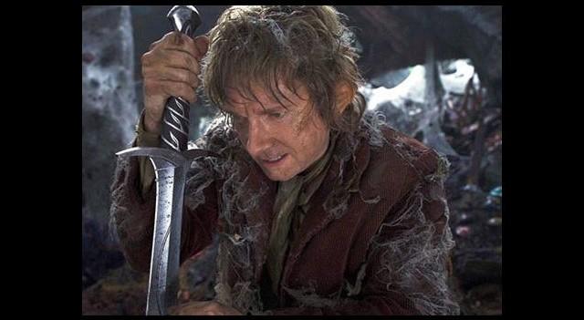 'Hobbit' Gişenin Tepesinde!