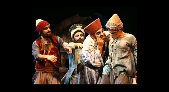 İBB Şehir Tiyatroları'nda 1'i Yeni 7 Oyun
