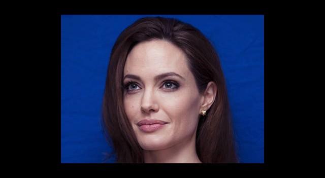 Angelina'nın İstanbul'dan İstekleri Bitmiyor