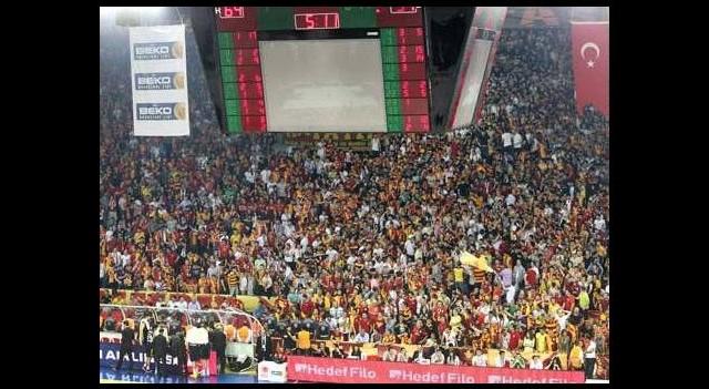 'Galatasaray seyircisiz oynasın'