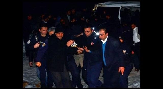 Polis aracı devrildi: 7 yaralı!