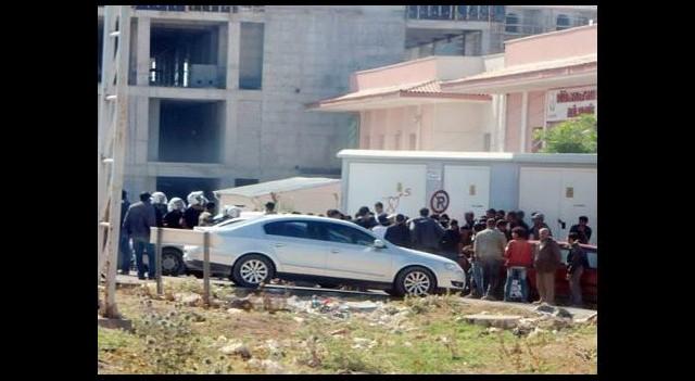Kilis'te hastane basıp, asker dövdüler