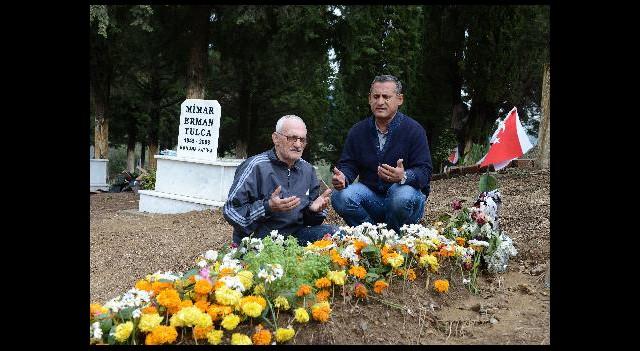 'Buraya Gömülmeyi Tuncel Kurtiz İstedi'