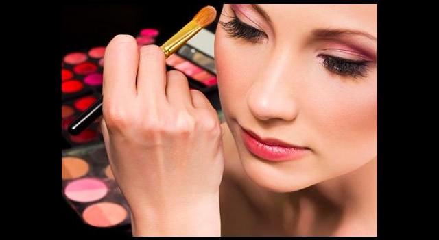 Yanlış kozmetik sağlığı bozar