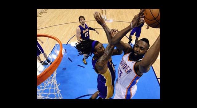 Oklahoma Lakers'ı Bitirmek Üzere