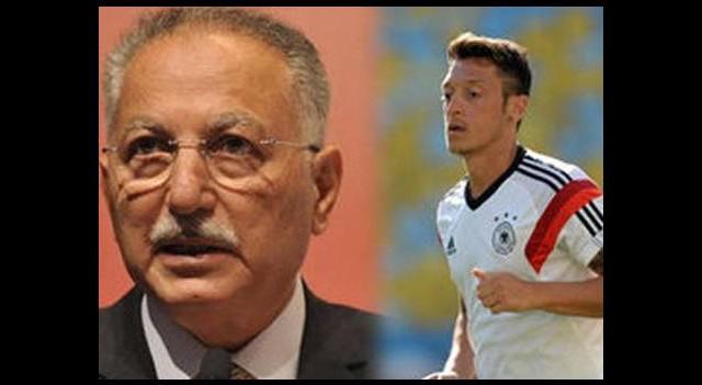 Mesut Özil'e sürpriz telefon