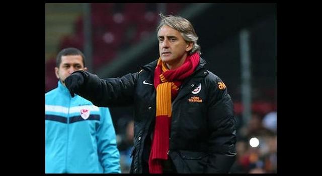 Mancini'den sürpriz kadro!