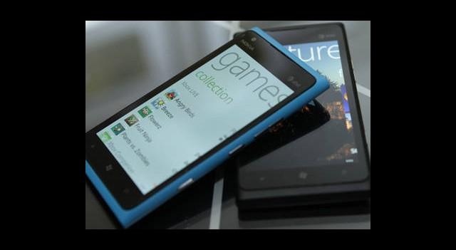 Nokia Kan Kaybetmeye Devam Ediyor