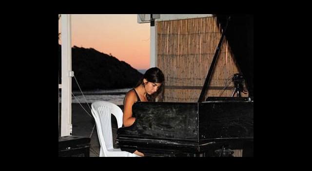 Genç Piyanistler Gümüşlük'te
