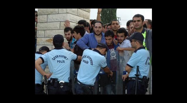 Derbiye 1543 Polis