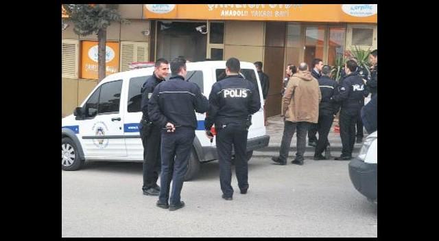 Sahte özel harekat polisinden soygun