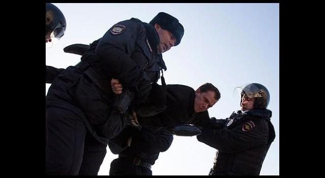 Rusya'da gösteriler düzenlendi