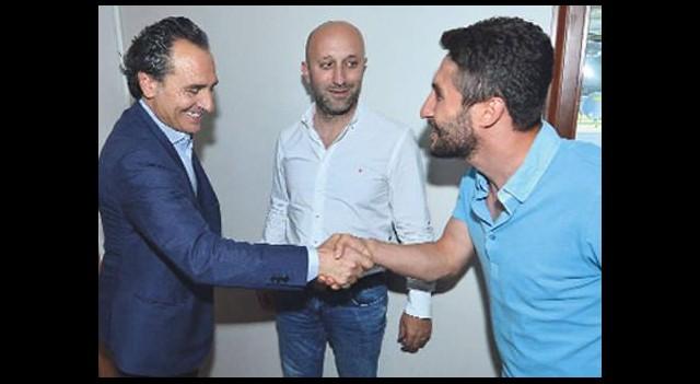 Sabri Sarıoğlu açıklama bekliyor