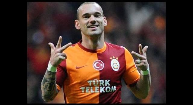 Ruslar sonunda açıkladı! 'Sneijder ile...'