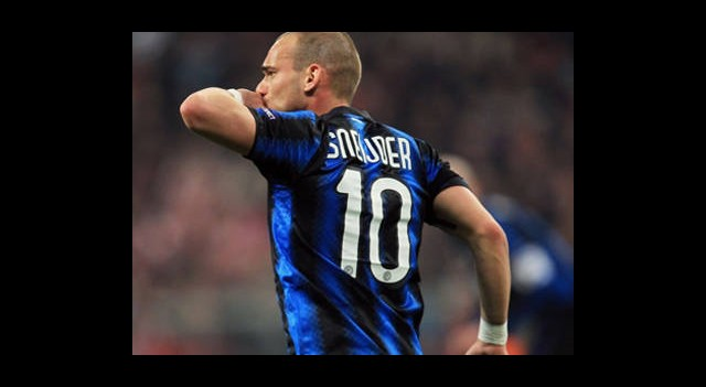 Wesley Sneijder'den Transfer Açıklaması