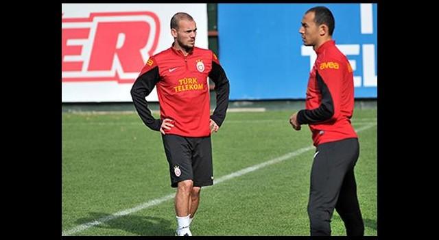Sneijder Takımla Çalıştı