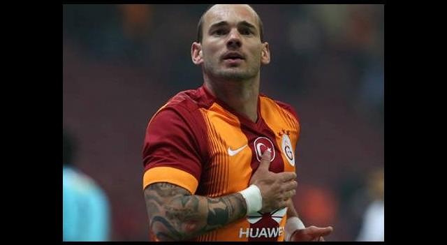 Keskin nişancı Sneijder