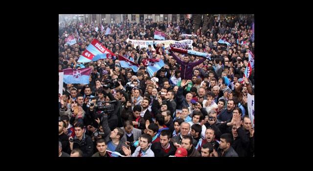 Trabzonspor Taraftarının Yürüyüşü Ertelendi